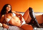 Sexy Dilara, devot und blasgeil